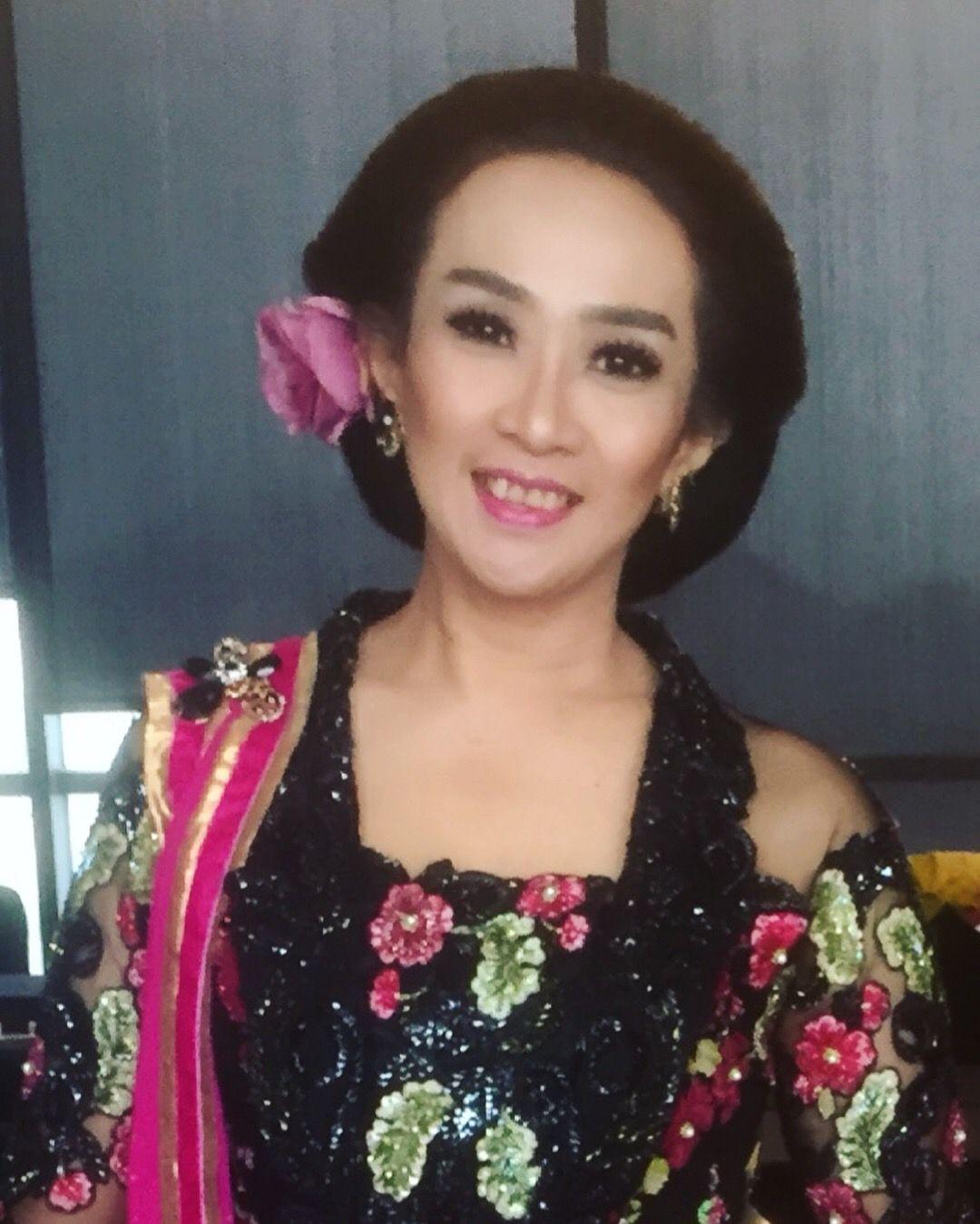 Sanggul Jawa Kebaya Dan Batik Jewelry Kebaya Dan Brooch