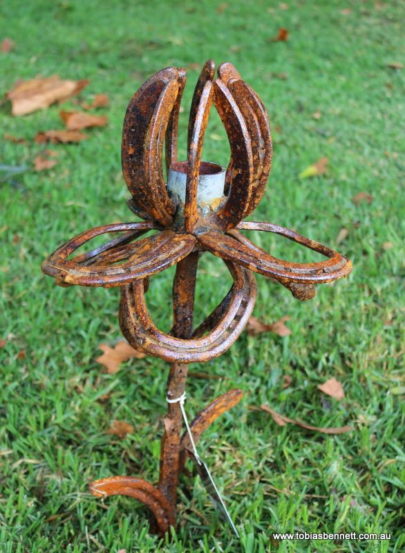horseshoe craft ideas horseshoe sculpture garden ideas i but would 2200