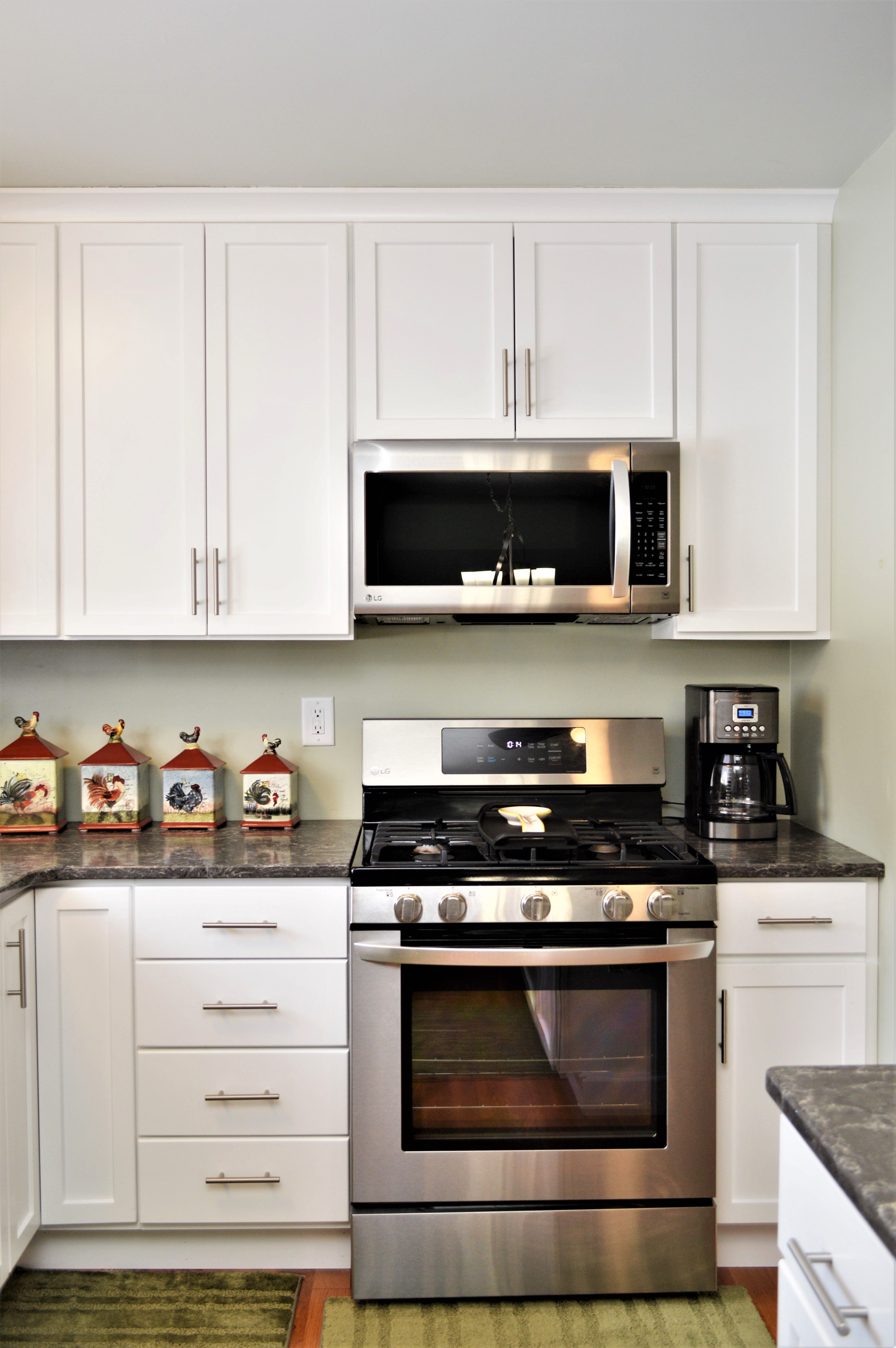 Cabinet Brand: Haas Lifestyle Collection, Wood Species ...