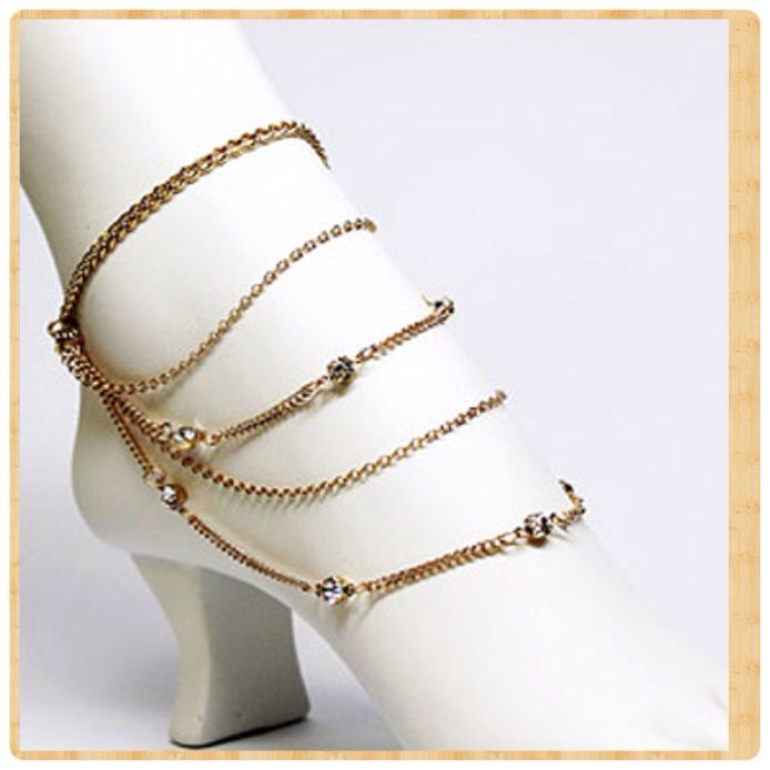 Foot jewelry...gold