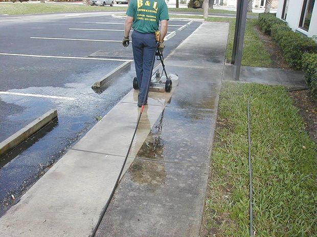 There Are Different Methods Used To Pressure Wash Certain Areas Such As Using A Hand Held Pressure Pressure Washing Business Pressure Washing Pressure Washer