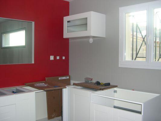 Cuisine Rouge Mur Couleur peinture cuisine Pinterest