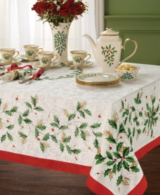 Lenox Holiday Holly Damask Red Tablecloth 60 X 84 Oval New in Package