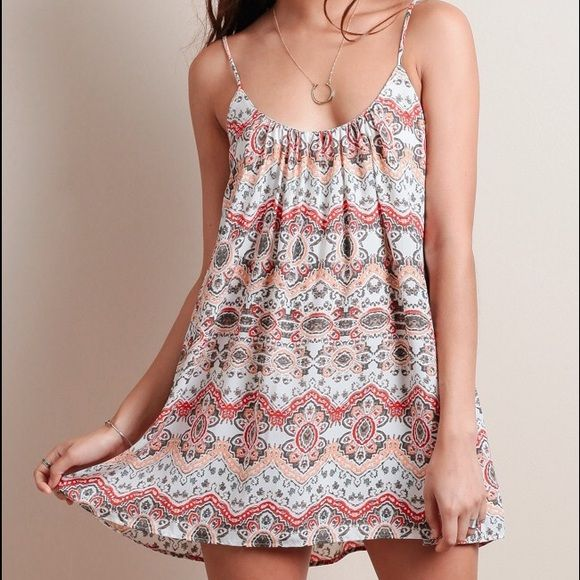 Show Me Your Mumu trapeze printed mini dress Show me your Mumu trapeze printed mini dress in la Quinta print- new with tags and never worn- would love to trade for other MU  lower price than website and anywhere else- perfect for summer, buy now :) Show Me Your MuMu Dresses Mini