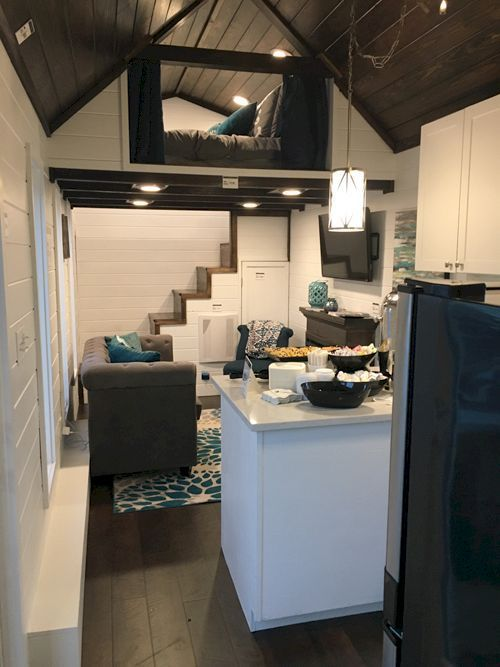 Top 70+ Creative Modern Tiny House Interiors Decor We Could Actually ...