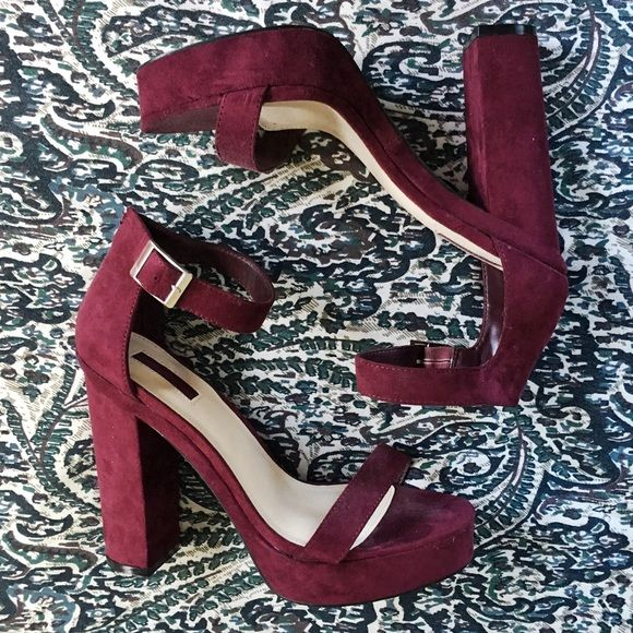 Forever 21 Maroon Suede Platform Sandal Heels New without tags! Was just closet stored. Never worn. Size 9 and true to size! Super comfy 5in heels because it also has a supporting platform. Super sexy maroon burgundy suede sandal heels ❤️❤️❤️❤️ Forever 21 Shoes Heels