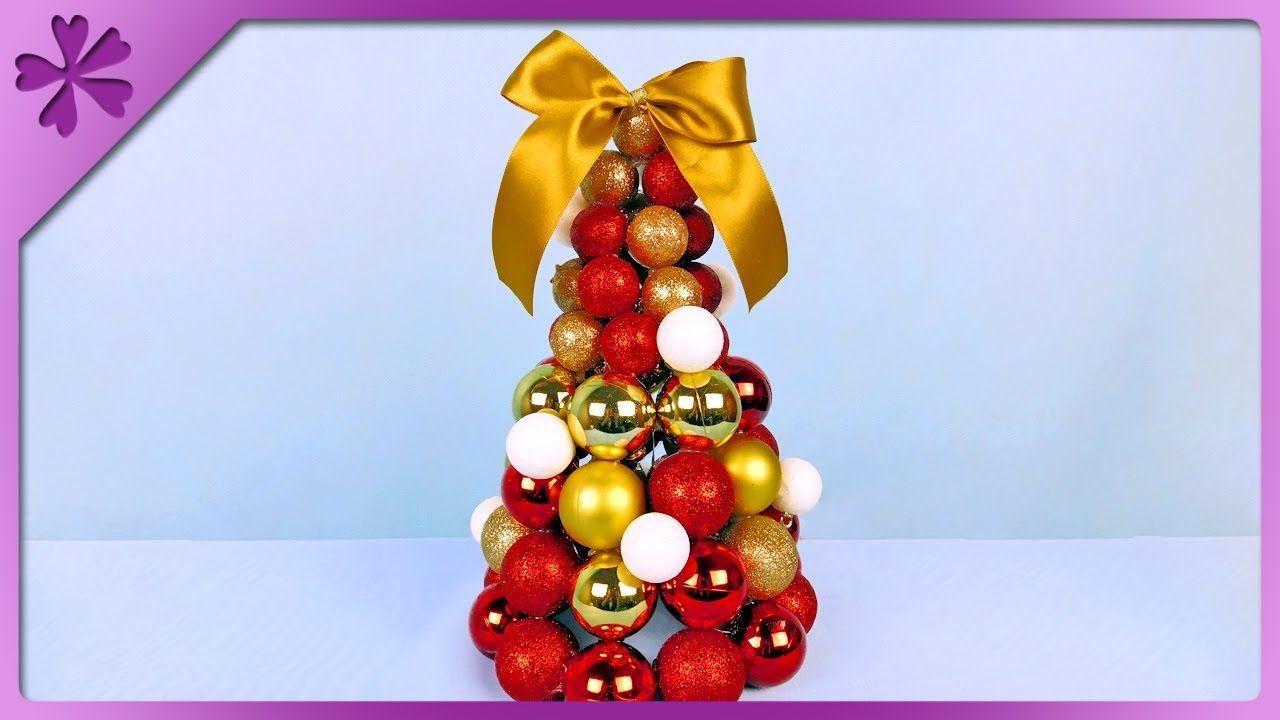 Choinka Z Bombek Bauble Christmas Tree Christmas Tree Baubles Christmas Tree How To Make Christmas Tree