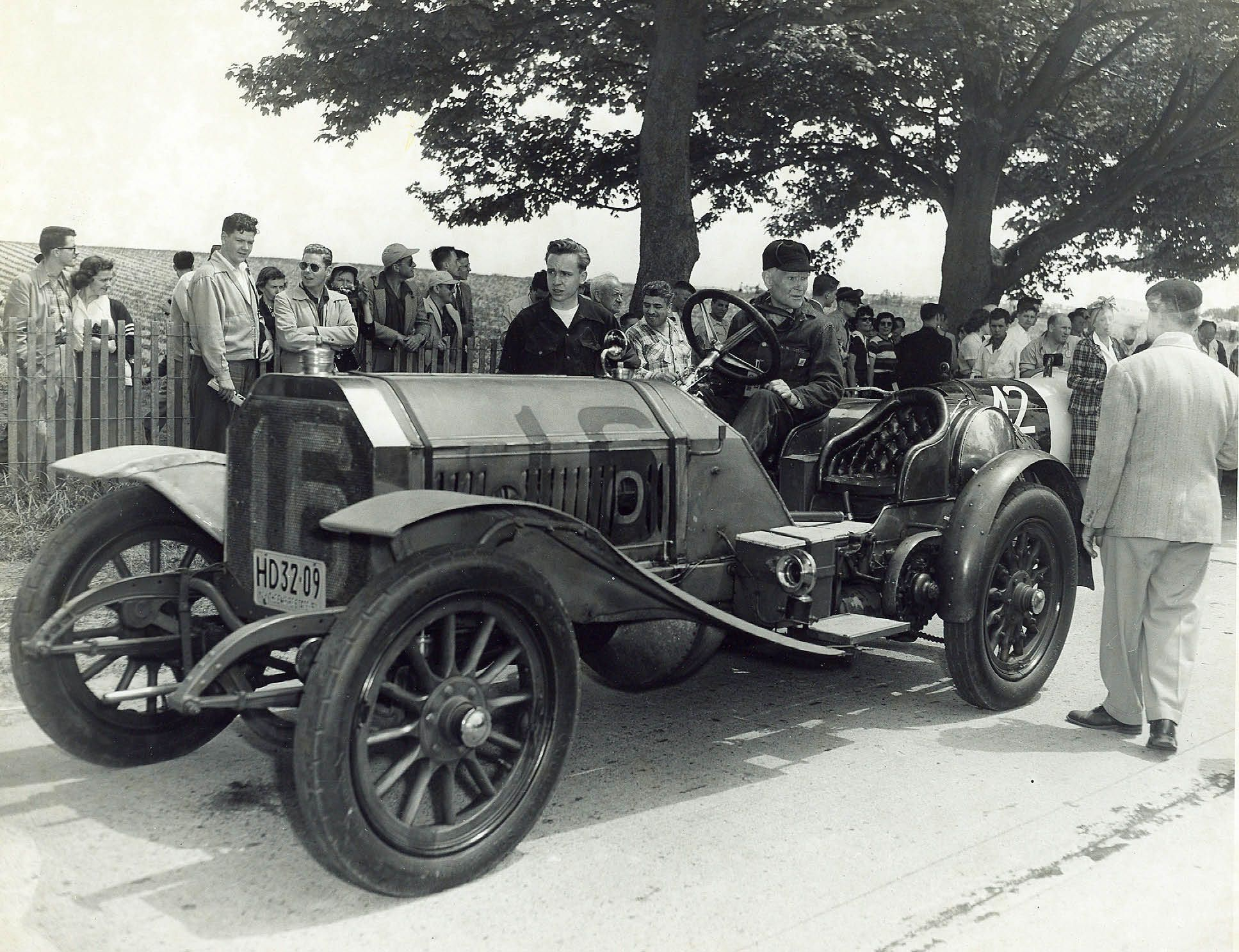 Vanderbilt Cup Races - Blog - Old 16 Locomobile: The First American ...