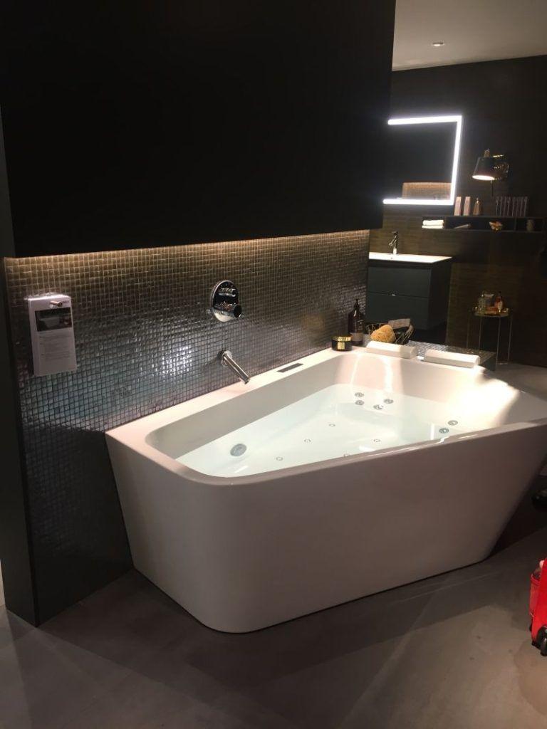 35 Ideas for a Unique and Chic Bathroom | Pinterest | Corner tub ...