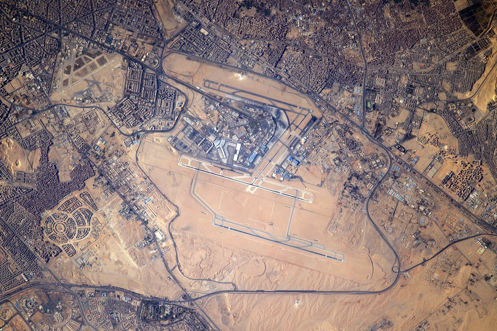 Thomas Pesquet Thom Astro Twitter Cairo Airport Earth Photography Cairo