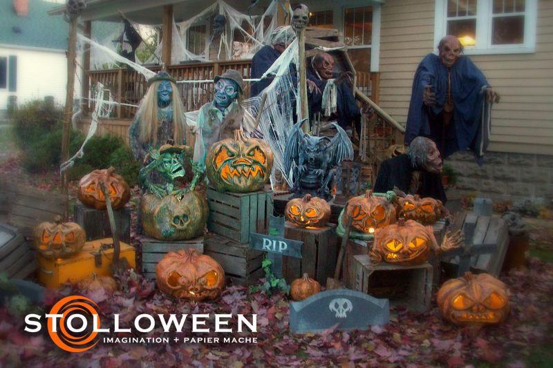 Halloween Pumpkin Patch Display Idea For Yard Haunt Decor With Images Halloween Pumpkin Diy Halloween Outdoor Decorations Paper Mache Pumpkins
