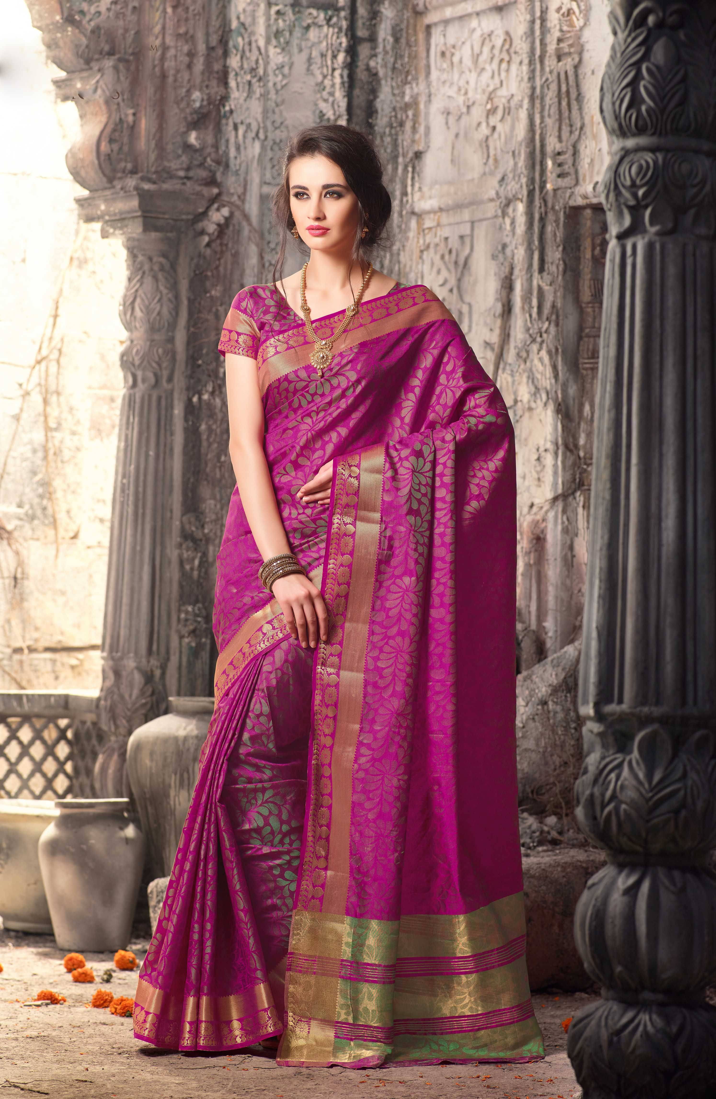f885ebdbed0ee6 Buy Sarees online, best Prices in Usa. Shop Designer, Silk, Cotton, Lehenga  Sarees, Half Sarees and Party Wear Sarees at Mirraw.