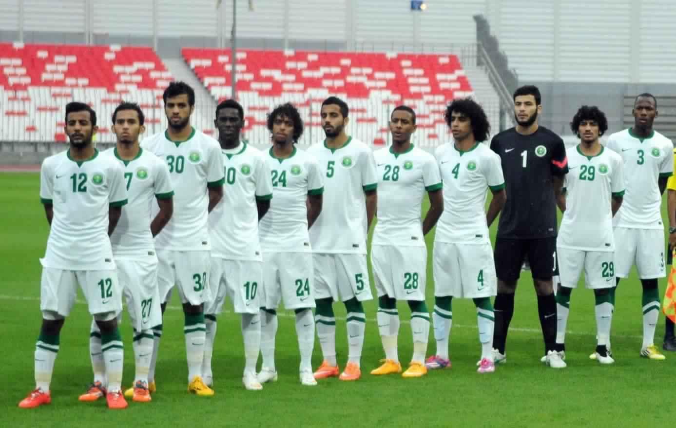 القنوات الناقلة لمباراة السعودية والاردن الاولمبى الان اليوم الاربعاء 10 1 2018 والموعد فى كأس أسيا تحت 23 سنة موعد مباراة السعودية Sports Soccer Field Soccer