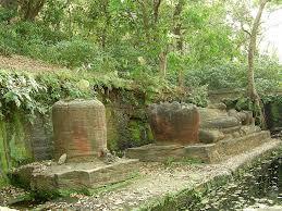 sheshshaiya at bandhavgarh showing seven headed snake on which lord vishnu is resting by monknneupsy.