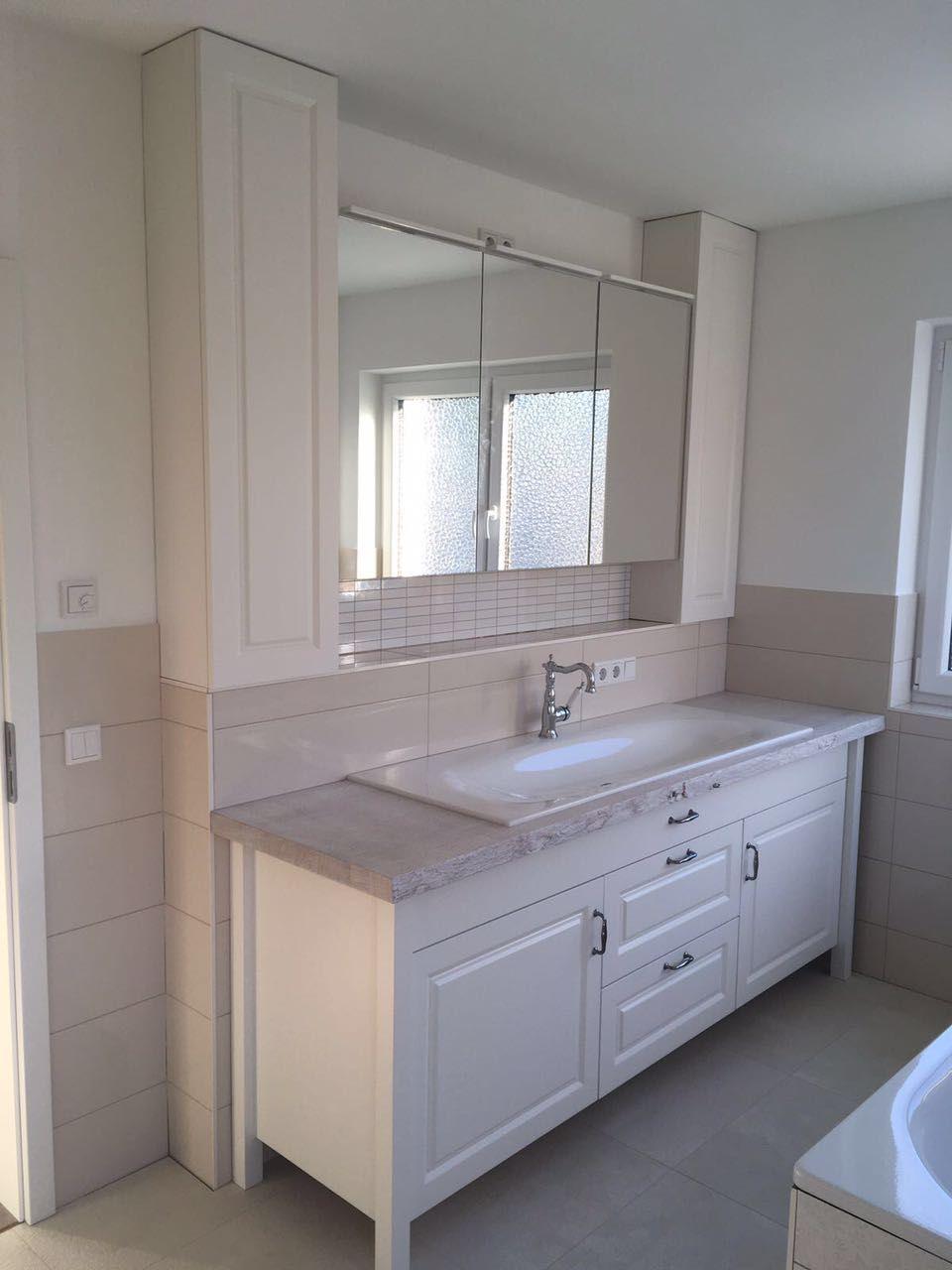 Massive Badmöbel.Das Neue Badezimmer Landhaus Und Der Waschtisch Dazu Heißt