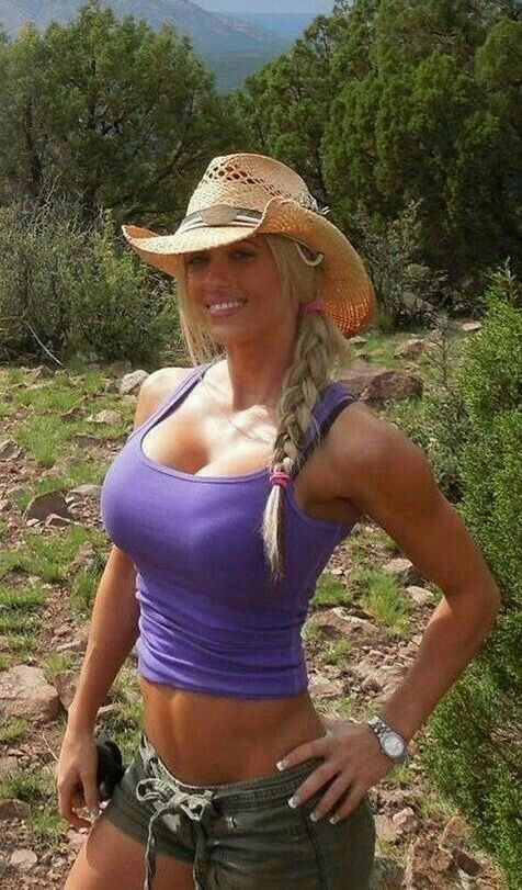 sexy country girl with abs
