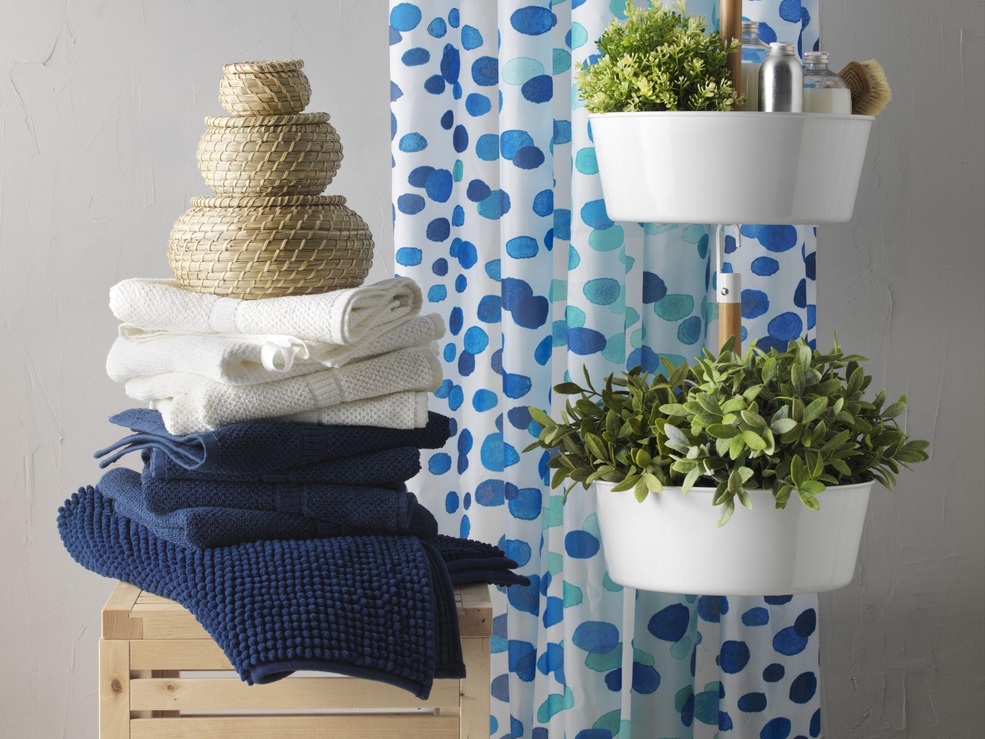 bittergurka plantenhanger wit badkamer inspiratie handdoeken en ikea. Black Bedroom Furniture Sets. Home Design Ideas