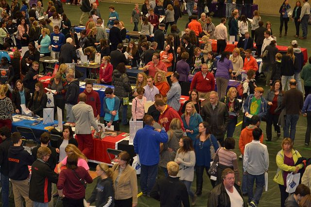 3 Tips to Keep in Mind When Attending a College Career Fair - http://undergradsuccess.com/3-tips-to-keep-in-mind-when-attending-a-college-career-fair/