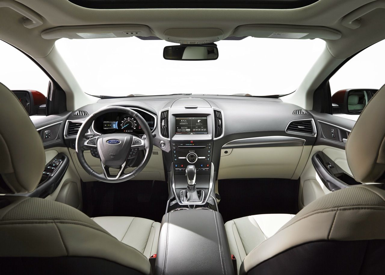 The 2015 Ford Edge Pushes Into PremiumCar Territory With