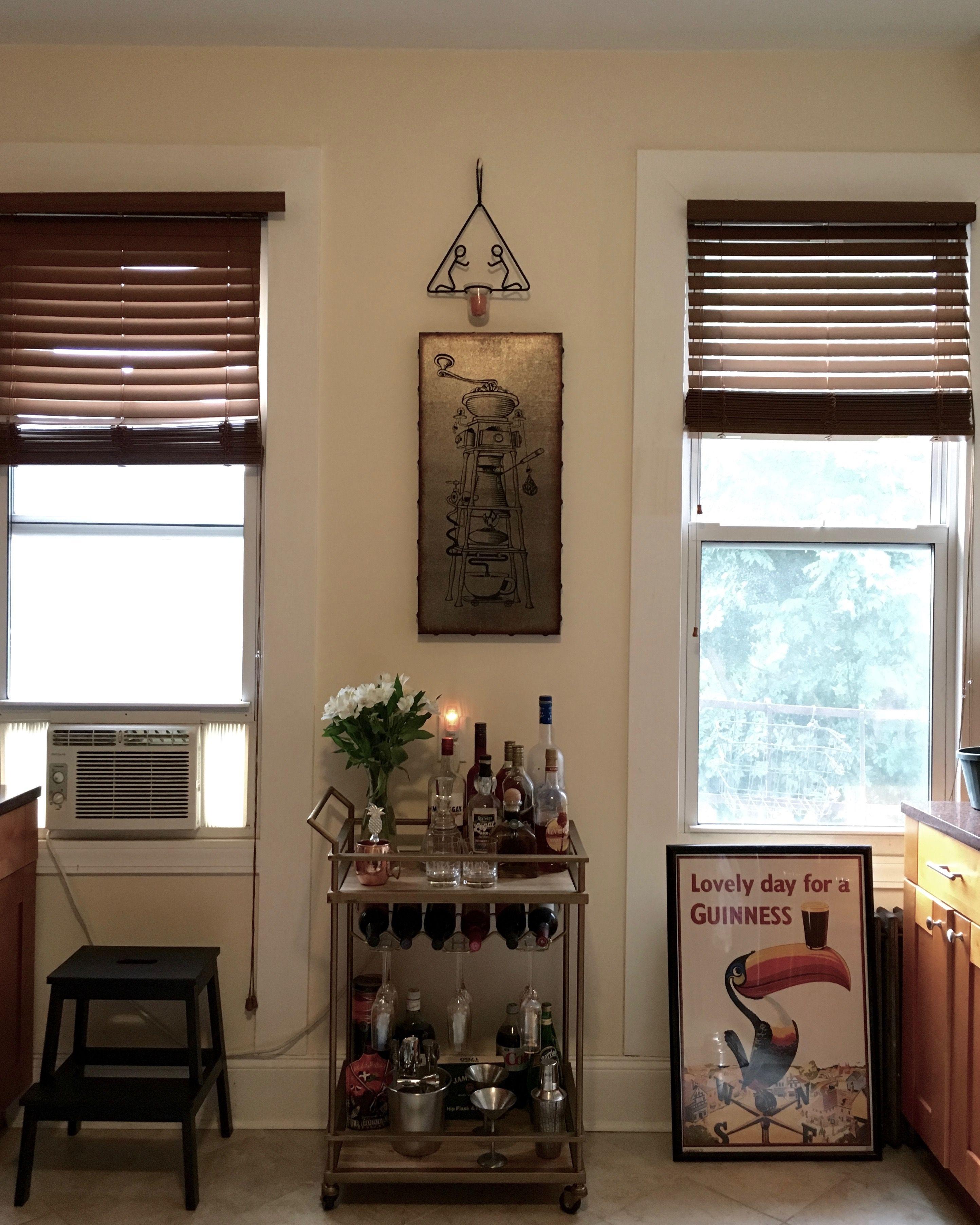 A Comfy & Cozy Railroad Apartment | Small living room ...