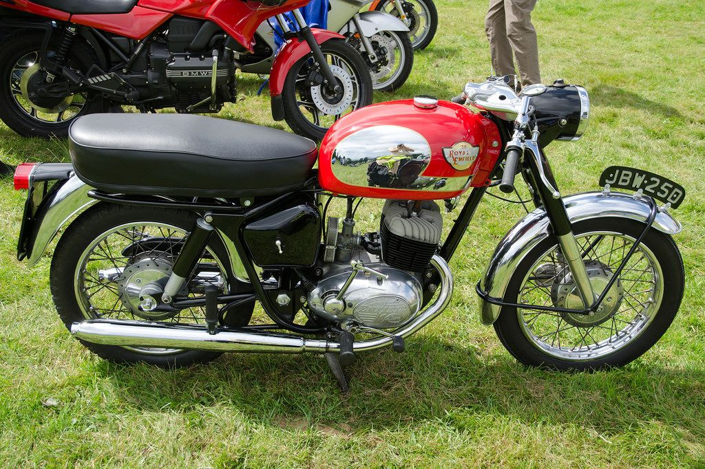 Royal Enfield 250cc Turbo Twin Sports (1966) | Shiva's