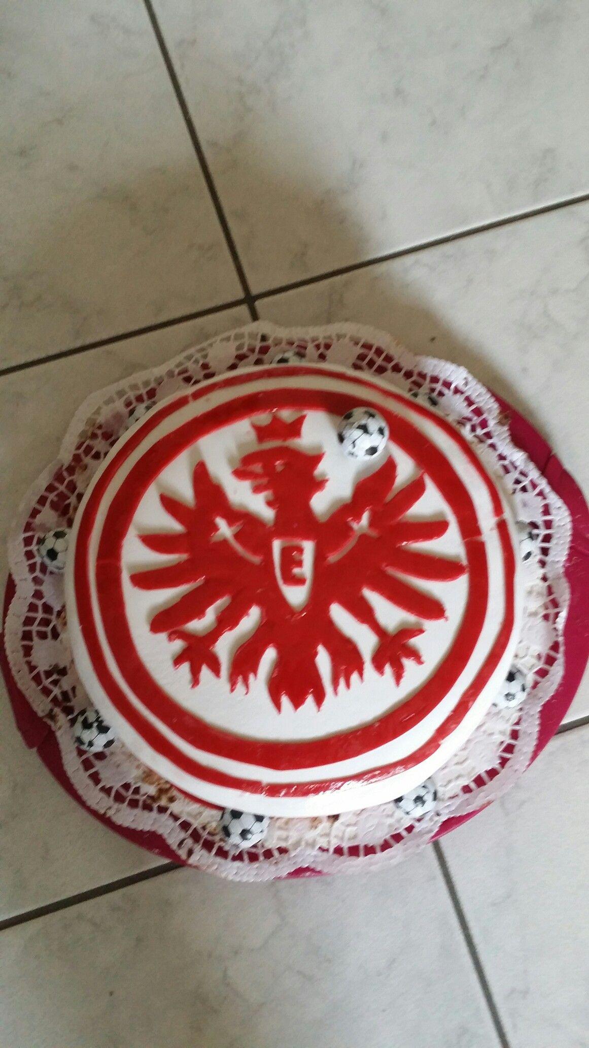 Eintracht frankfurt torte eintracht for Kuchen frankfurt
