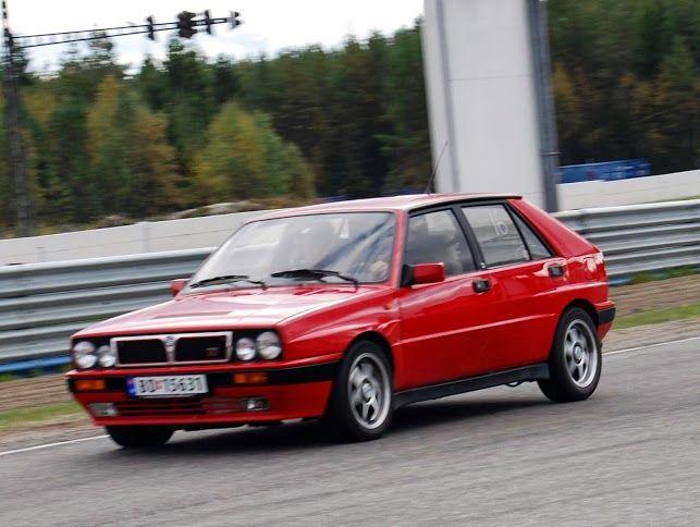 Nice red car, standard look