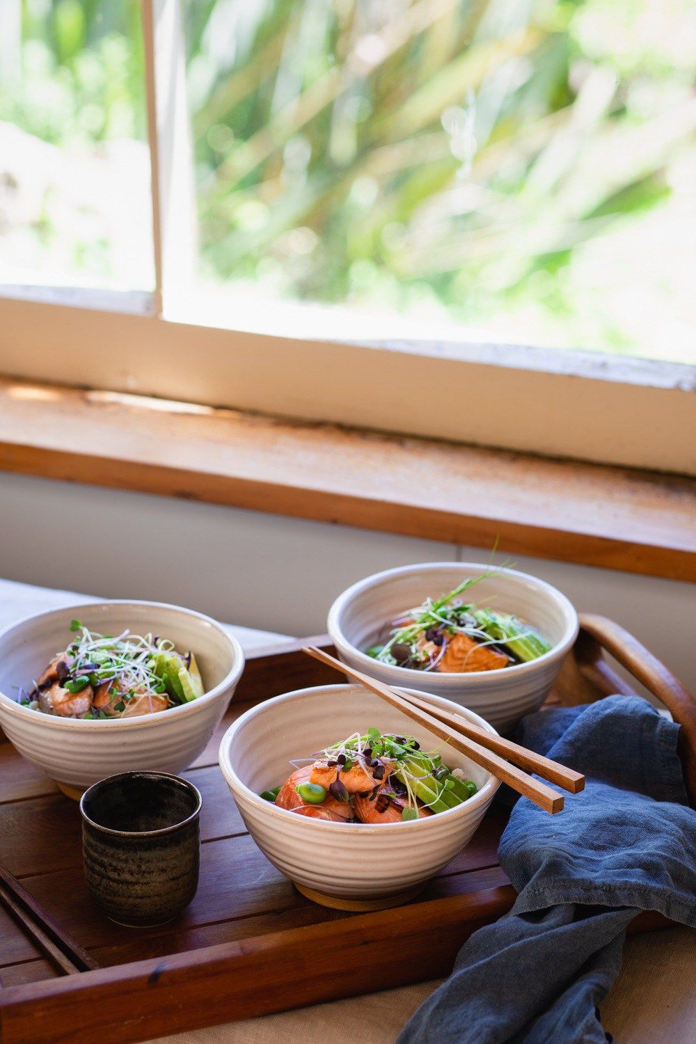 Sushi bowls with teriyaki salmon & broad beans Recipe