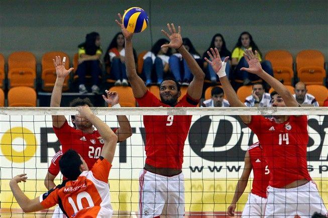 Benfica conquista sem dificuldade quarta Supertaça de Voleibol