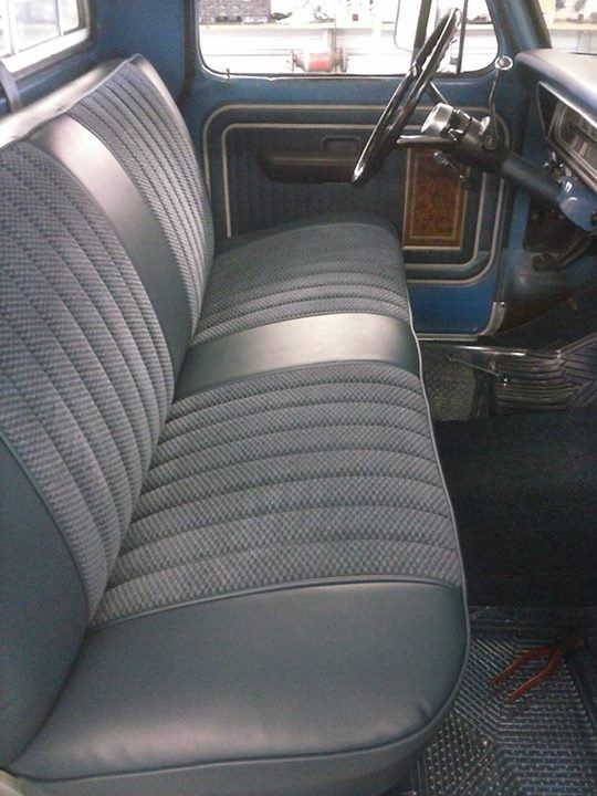 Black In The Seat Centers Instead Of The Textured Gray Classic Cars Trucks Car Interior Upholstery Car Upholstery