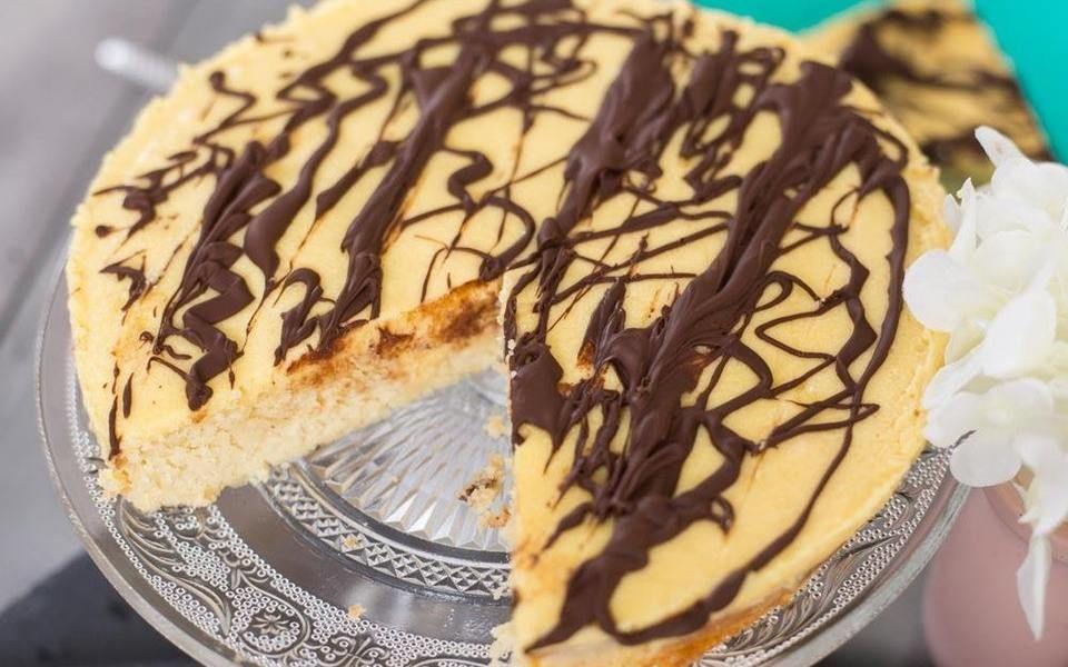Keto Dump Cake Recipe: Keto Boston Cream Poke Cake
