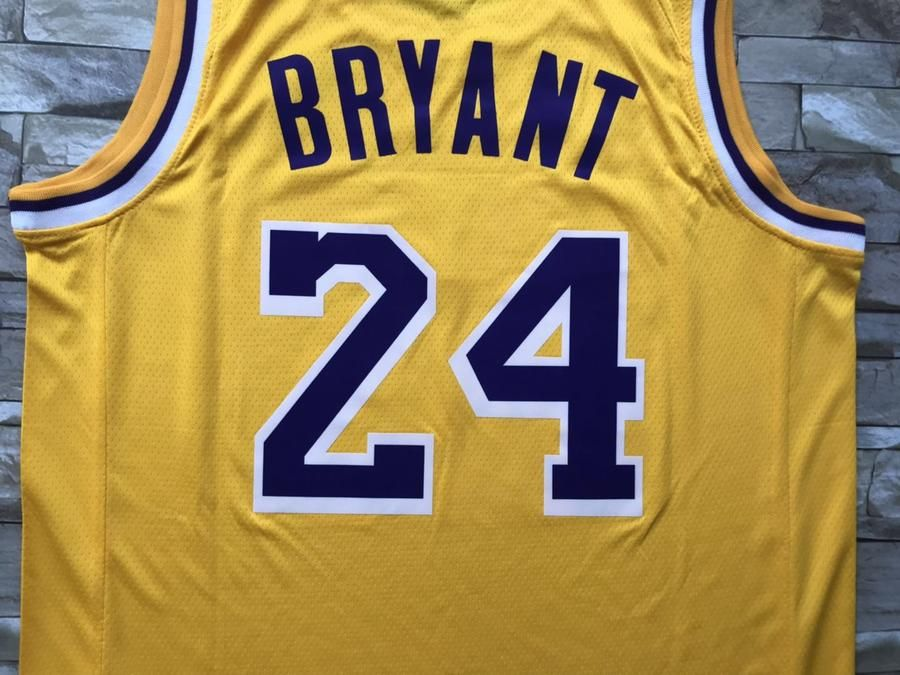 New Men 24 Kobe Bryant Jersey Yellow Los Angeles Lakers Swingman Jersey In 2020 Kobe Bryant Jersey Los Angeles Lakers