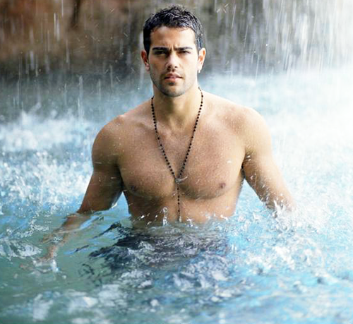 Evening Eye Candy: Jesse Metcalfe | Page 2 | MadameNoire