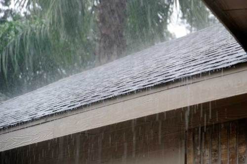 You do not have to worry much about cold temperatures in the San Diego area. The average low for January is only 45, so it is unlikely that you will run into some of the garage door problems that our neighbors to the north encounter, such as freezing and sticking garage doors. However, that does not mean that the drop in average tempera...