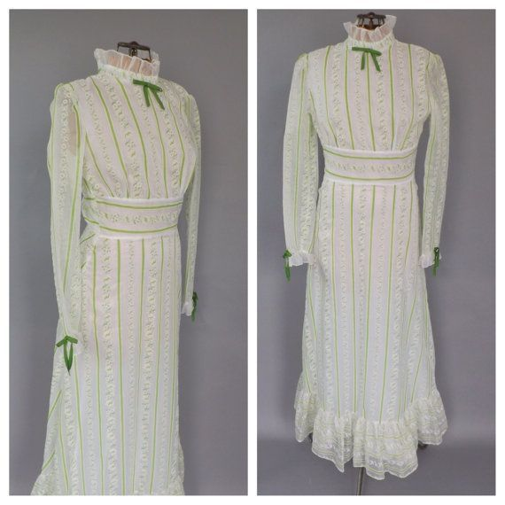 Vintage 1970s Prairie Nouveau White Green Floral Maxi Civil War Era Pioneer Dress Peasant Southern Belle Prom Bridesmaid Gown 1800s Prairie #dressesfromthesouthernbelleera Vintage 1970s Prairie Nouveau White Green Floral Maxi Civil War Era Pioneer Dress Peasant Southern Belle Prom Bridesmaid Gown 1800s Prairie #dressesfromthesouthernbelleera