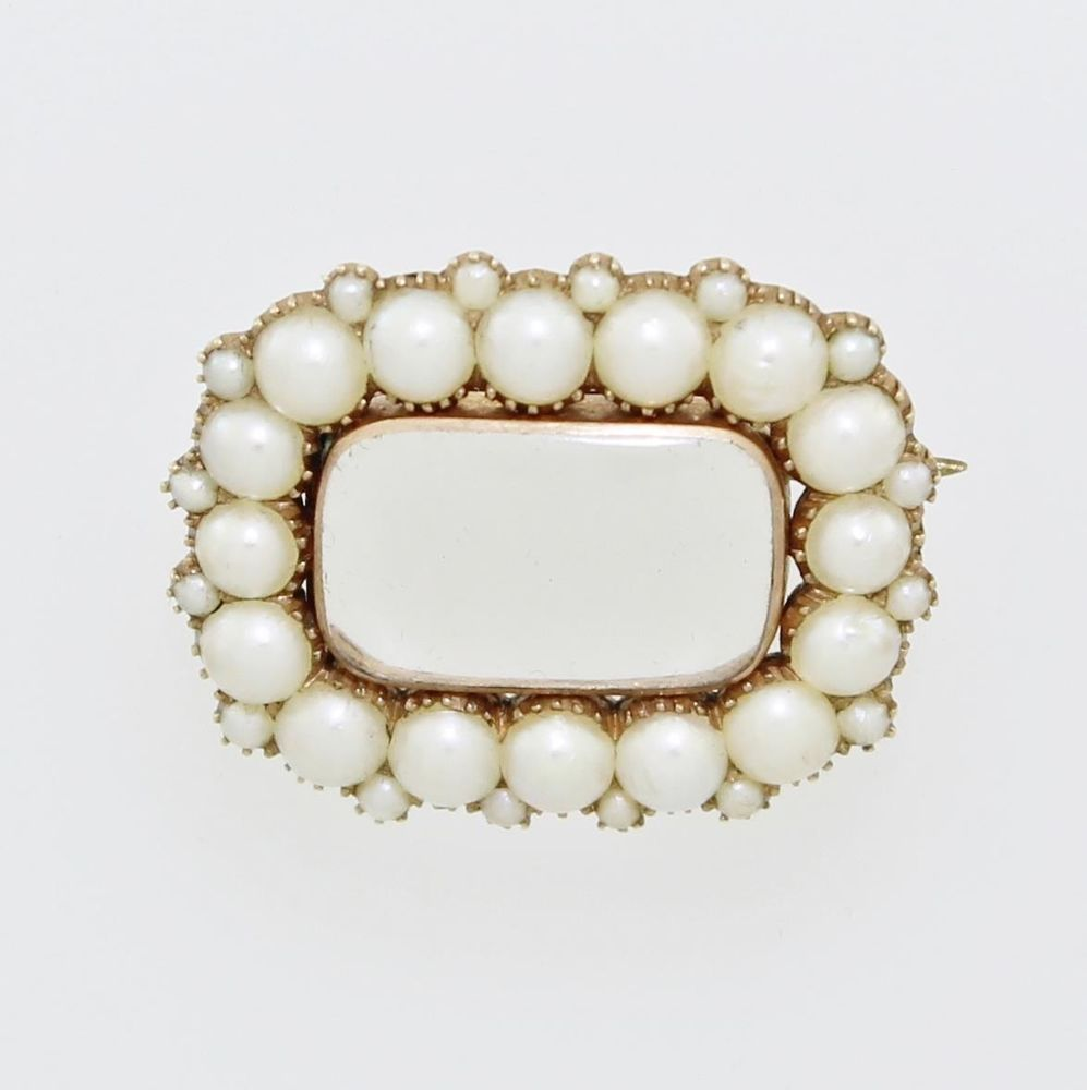 Early Victorian Pearl Brooch, 9ct Gold, circa 1830