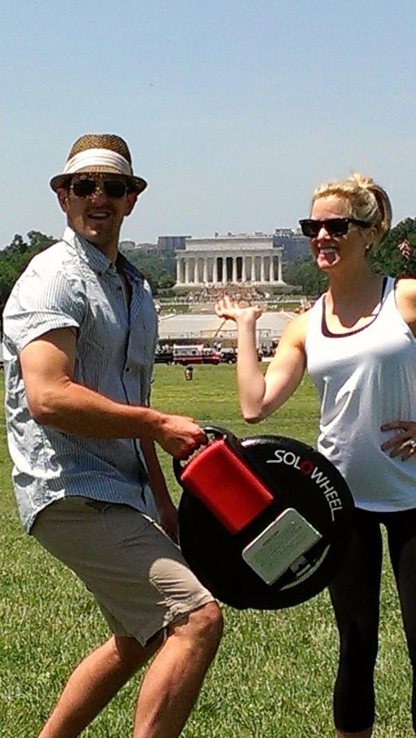 Elizabeth Prann with her husband Baseball pitcher, Darren O'Day