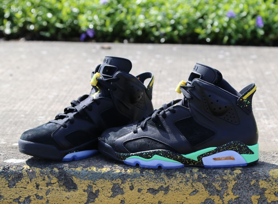 7f6254f38c125f The Air Jordan 6 in its original form switched back between the leather and  Durabuck treatment