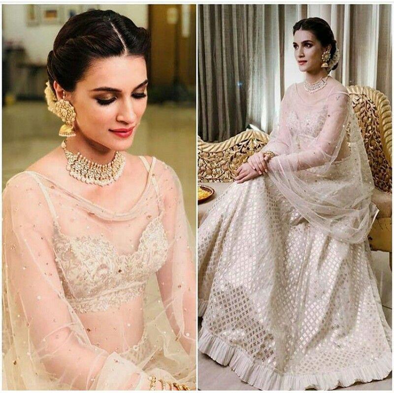 Kriti Sanon Go Desi Indian Bridal Hairstyles Indian Bridal