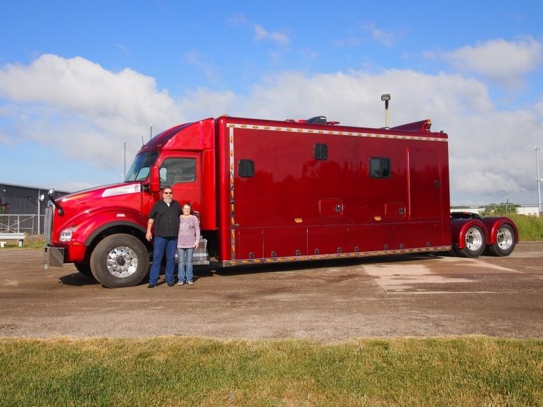 11+ Semi truck with bathroom information