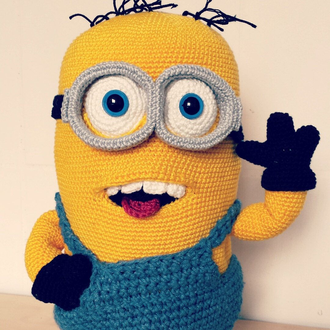 Etsy の Crochet Pattern Minion by Cleoscrochetart   crochet&knit ...