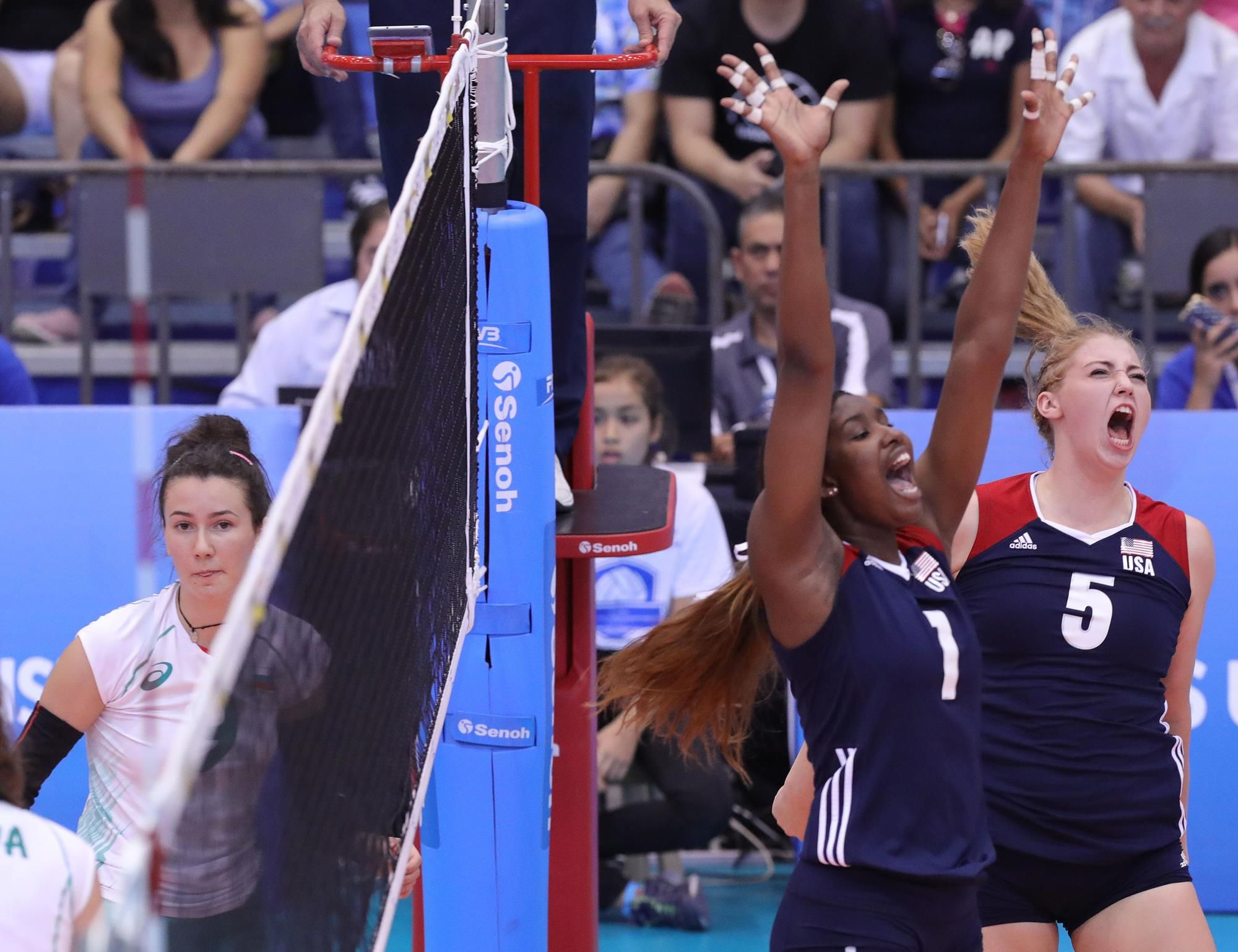 Volleyball S Butler Leads U S To Victory To Close World Championships University Of Texas Athletics Volleyball News World Championship Volleyballs