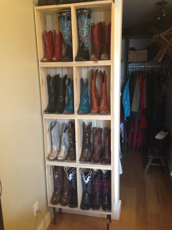 I so want this! Boot rack in the closet! Storage Pinterest
