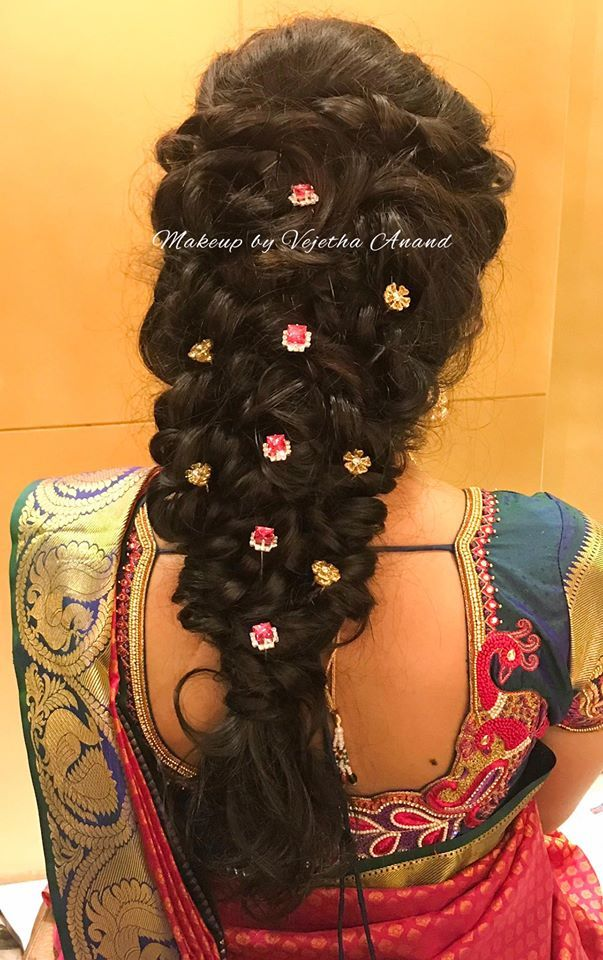Indian Bridal Hair Loose Fishtail Braid Hair Accessories Hairstyle By Vejetha For Swank Saree Blouse Hair Styles Indian Bridal Hairstyles Loose Hairstyles