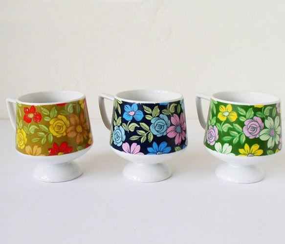 Floral Pedestal Mug Set