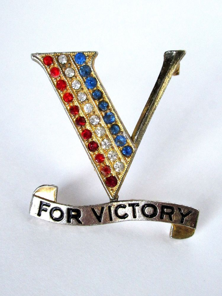 Picture Frames Vintage Rhinestone Victory Pin Retro, Vintage 1930s-1980s