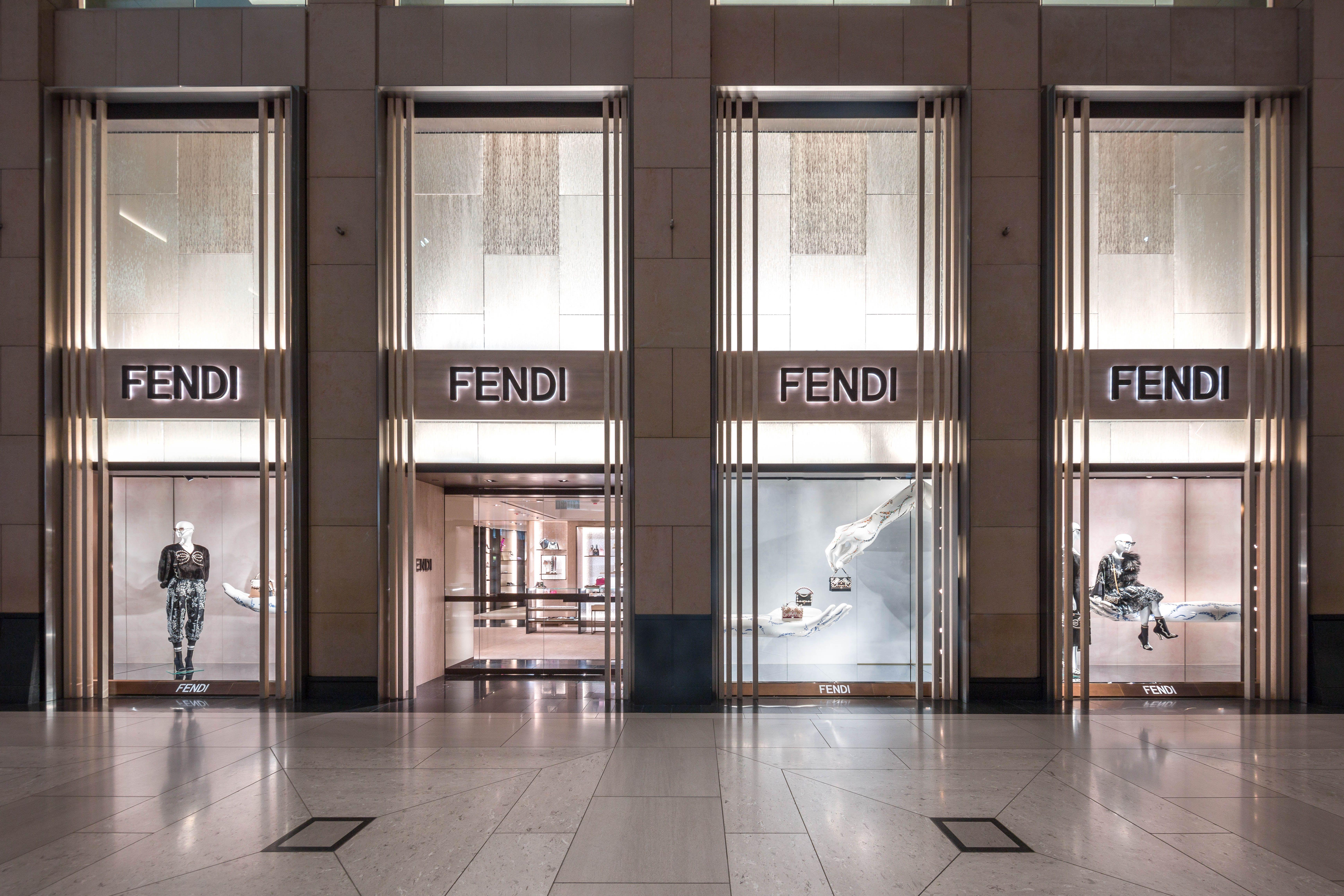 new product 03337 c8f40 Fendi Resort 2018 Windows - Hong Kong | Fendi Boutiques ...