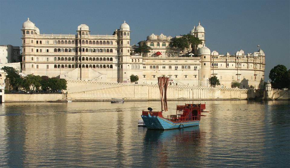 Gaze at the marvels of traditional Royal architecture as you float atop #Pichola lake in a boat befitting the royals...  Enjoy your stay at Radisson Blu Udaipur Palace Resort & Spa!
