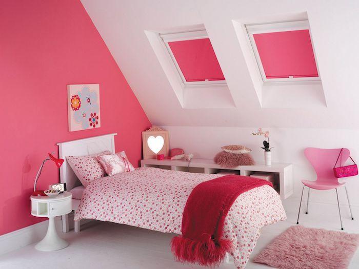 Zimmer Ideen Für Mansarde Kinderzimmer Mit Dachschräge Weiß Rosa Und  Gepunktete Muster Ideen Mädchenhaft