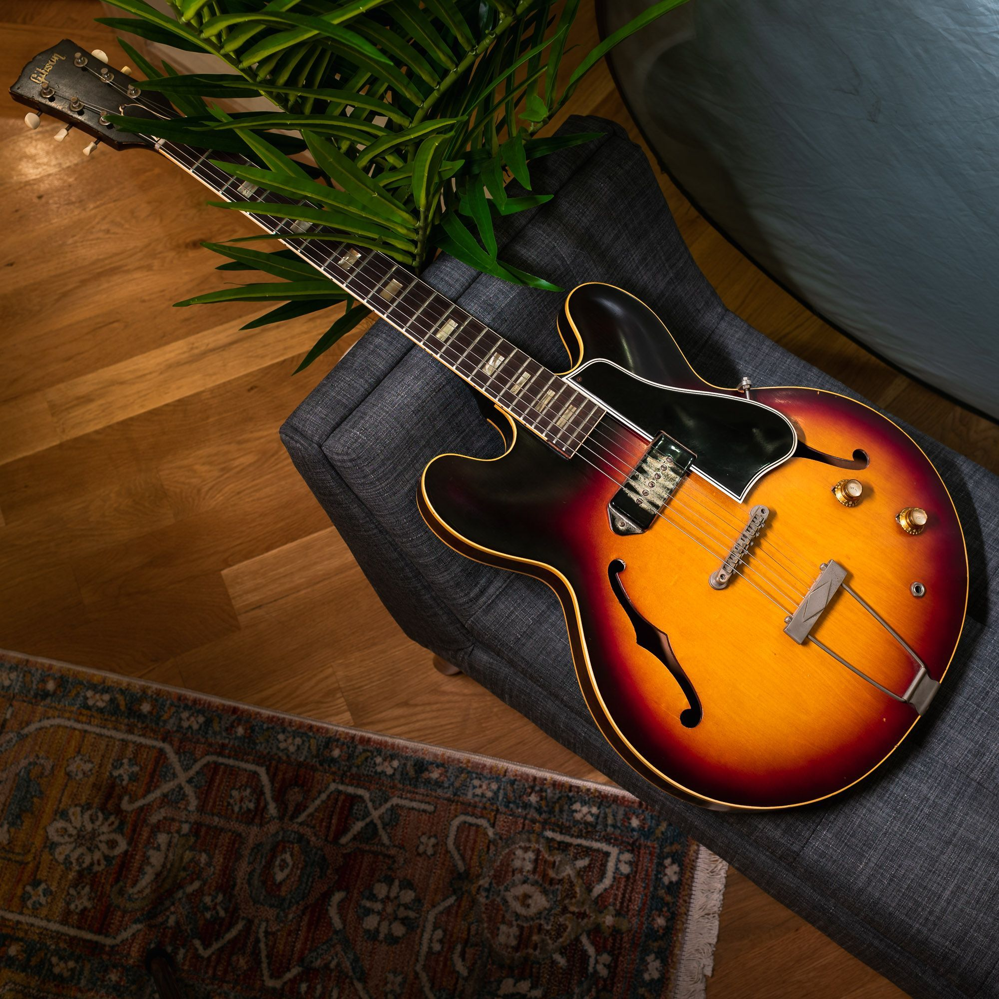 An Historic Es Just Has More To Say What Does This 62 Es 330t Say To You Chicagomusicexchange Gibson Es Guitar Guitar Photography Gibson Guitars